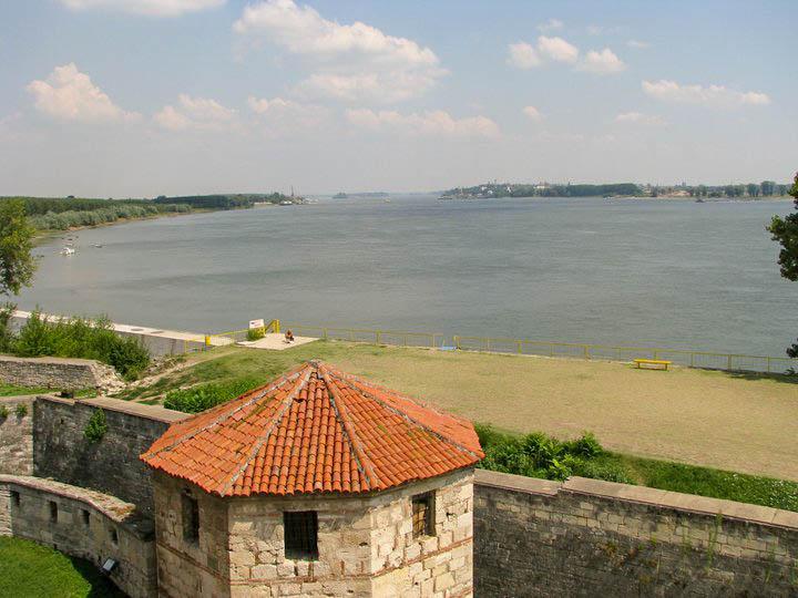 Гледка към Румъния от Баба Вида
